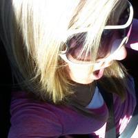 bkinibotombabe91's avatar